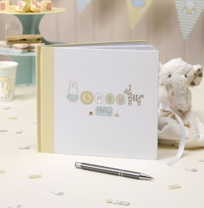 WEBL-599462-Baby-Miffy-guest-book-CR